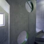 階段の転落防止を兼ねた意匠壁